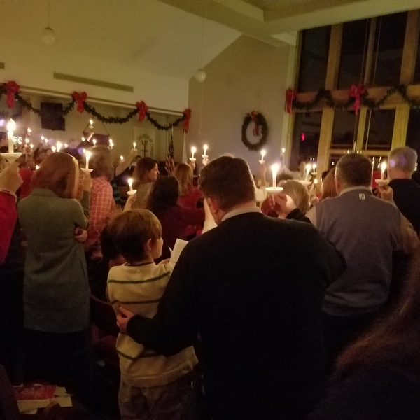 Intergenerational Christmas Eve Candlelight Service – December 24