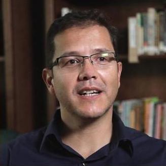 June 10 – Breakfast with Ivan Parra
